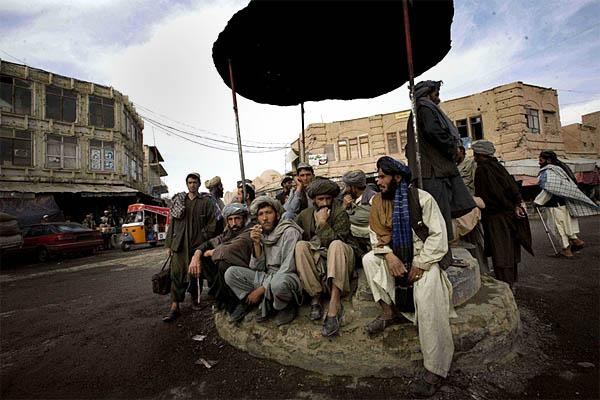 http://vervephoto.files.wordpress.com/2008/05/viguerie_afganisthan.jpg?w=600