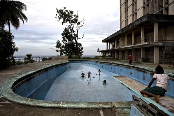Ducor Hotel di Monrovia, Liberia